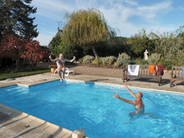 Bonneuil octobre 3 for Piscine paris naturiste
